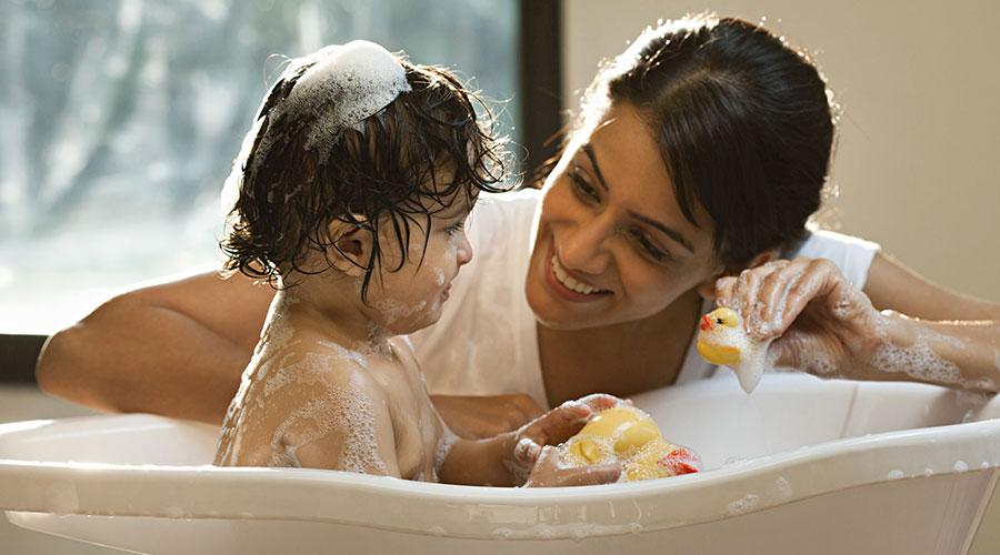 Himalaya Babycare Bathing Baby - himalayababycare.com